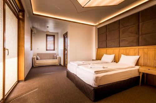 Хотел Тихия Кът - стая - Лилав дъжд