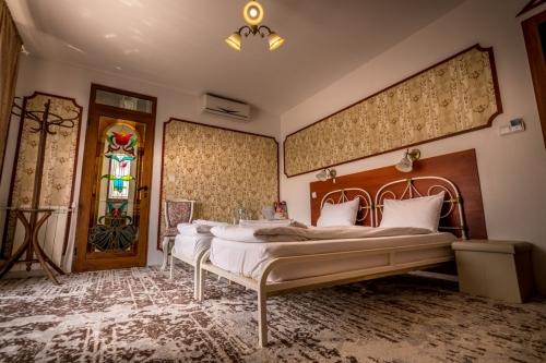 Хотел Тихия Кът - стая - Ренесанс-1